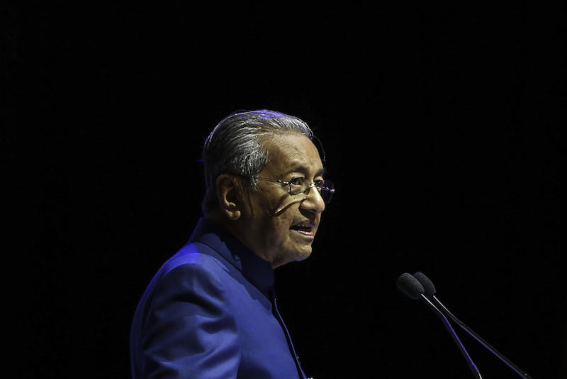 In a statement yesterday, the Oxford Jewish Society expressed its concerns over Dr Mahathir's speech, citing his previous anti-Semitic remarks. — Picture by Azneal Ishak