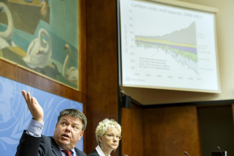 Petteri Taalas (L), Secretary-General of the World Meteorological Organization (WMO), sits next to Oksana Tarasova (R), WMO Chief of Atmospheric and Environment Research Division, as he informs to the media about the annual report by WMO on atmospheric concentrations of carbon dioxide and other major greenhouse gases, during a press conference, at the European headquarters of the United Nations in Geneva, Switzerland, 25 November 2019. (Suiza, Ginebra) EFE/EPA/SALVATORE DI NOLFI