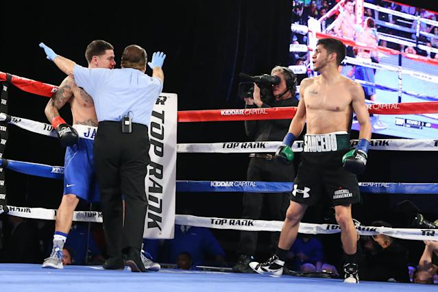File photo: Alex Saucedo (R) stopped Johnny Garcia (L) in the second round of their welterweight bout at The Theater at Madison Square Garden in March 2017. (Getty)