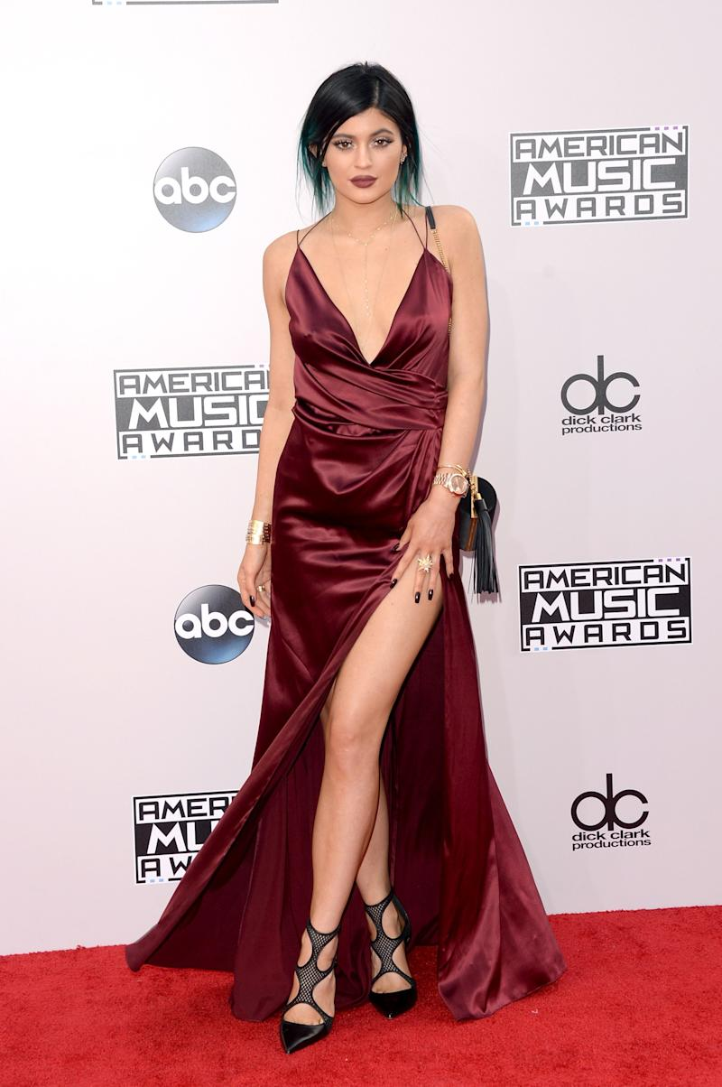 Jenner opted once again for Alexandre Vauthier, this time in burgundy, for the American Music Awards in Los Angeles, California, November 2014.