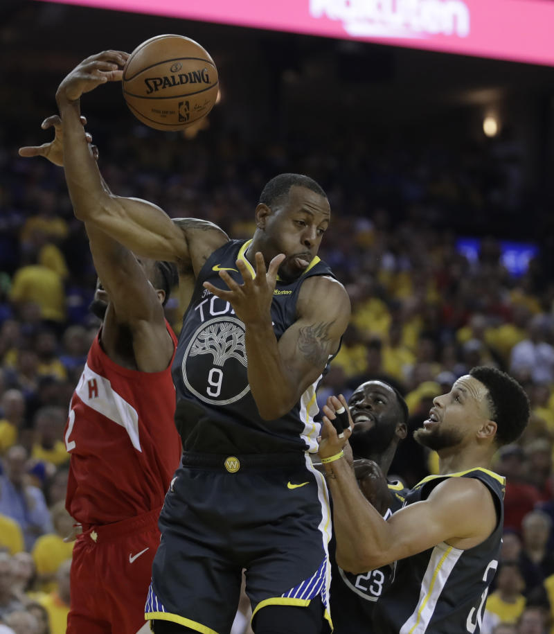 Heat, Grizzlies complete trade sending Iguodala to Miami