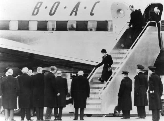 The Queen returns from East Africa after learning of the death of her father,  George VI (bamuseum.com/PA)