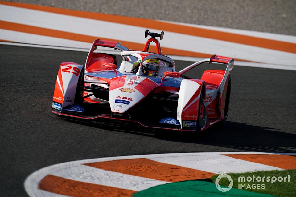 """Alexander Sims, Mahindra Racing, M7 Electro<span class=""""copyright"""">Malcolm Griffiths / Motorsport Images</span>"""