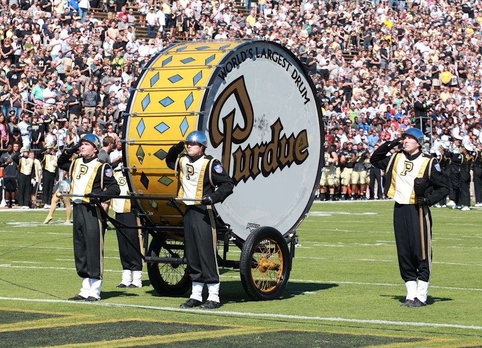 Purdue Boilermakers' band with the world's largest drum in 2016.
