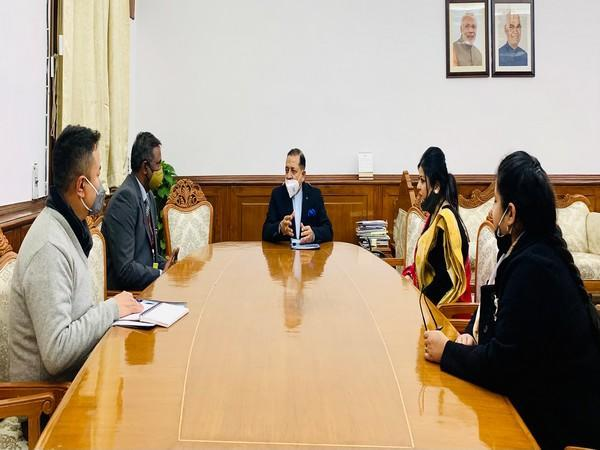 Jitendra Singh amid discussion for an FTII campus in Sikkim. (Photo: Twitter @DrJitendraSingh)