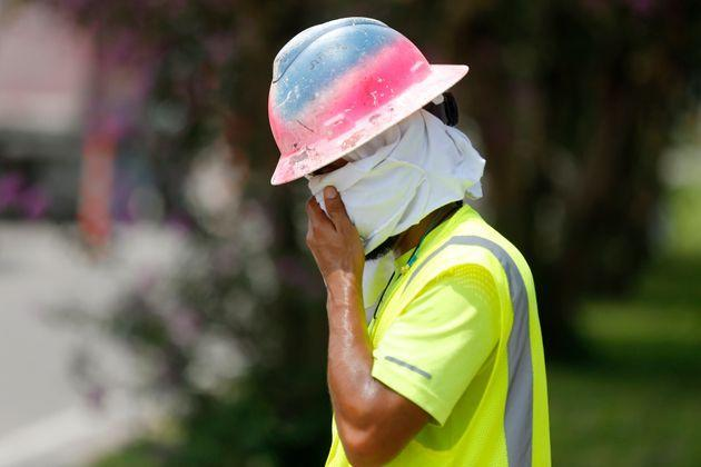 The heat standard from OSHA would apply to both indoor and outdoor workplaces. (Photo: via Associated Press)