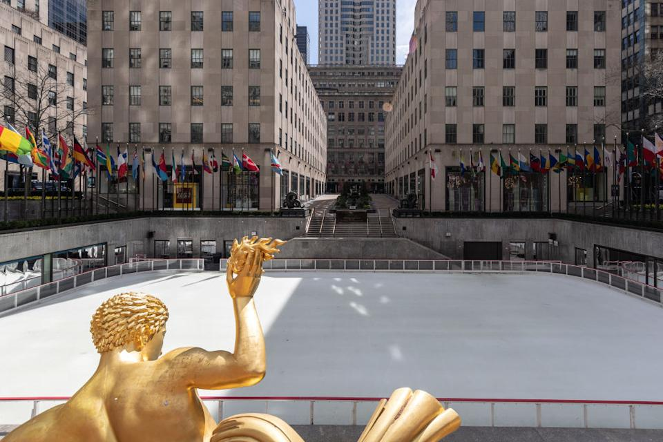 A normally bustling ice skating rink is seen empty at Rockefeller Center in New York. Source: Getty