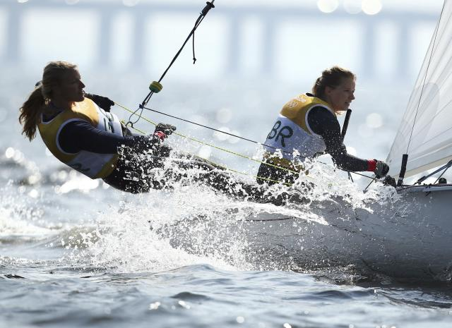 2016 Rio Olympics - Sailing - Preliminary - Women's Two Person Dinghy - 470 - Race 8/9/10 - Marina de Gloria - Rio de Janeiro, Brazil - 16/08/2016. Hannah Mills (GBR) of Britain and Saskia Clark (GBR) of Britain compete. REUTERS/Benoit Tessier FOR EDITORIAL USE ONLY. NOT FOR SALE FOR MARKETING OR ADVERTISING CAMPAIGNS.