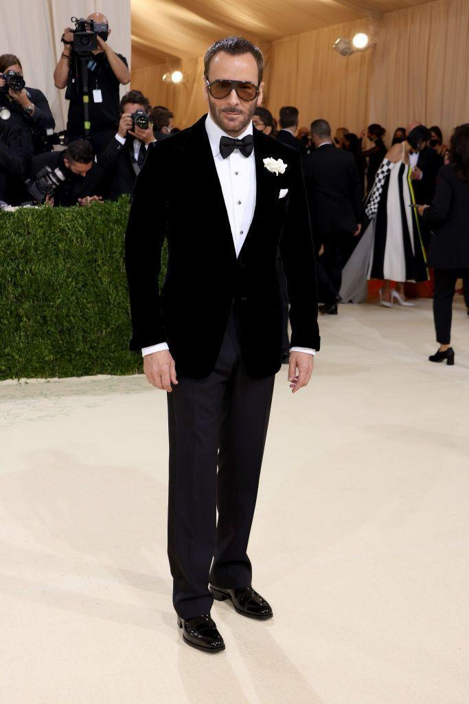 <p>Honorary Chair Tom Ford paired his mixed separates with a dramatic pair of sunnies. </p>