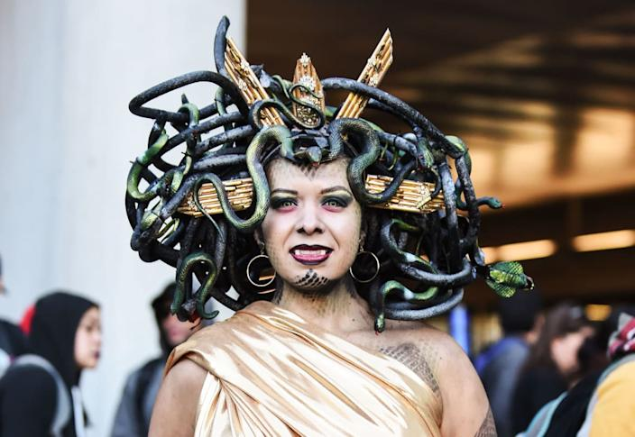 """<div class=""""inline-image__caption""""><p>A cosplayer poses as a vampire during New York Comic Con 2019 on October 05, 2019 in New York City. </p></div> <div class=""""inline-image__credit"""">DANIEL ZUCHNIK/Getty</div>"""