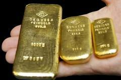 Long gold as a crisis hedge: Is it a loser's game?