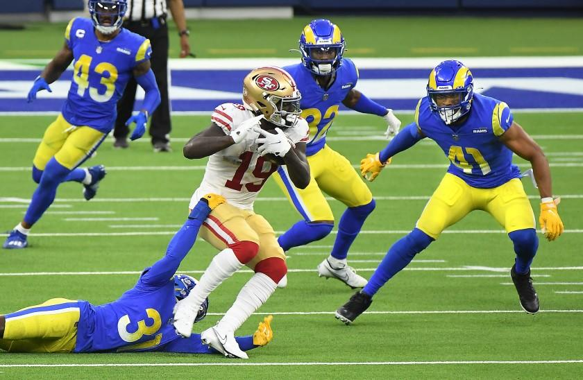 INGLEWOOD, CALIFORNIA NOVEMBER 29, 2020- 49ers receiver Deebo Samuel picks up yards.