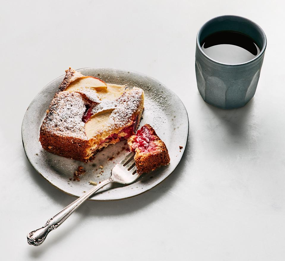 """Whatever you don't finish for dessert, you should eat for breakfast. Because blueberries, right? <a href=""""https://www.bonappetit.com/recipe/lemon-cake-with-fruit?mbid=synd_yahoo_rss"""" rel=""""nofollow noopener"""" target=""""_blank"""" data-ylk=""""slk:See recipe."""" class=""""link rapid-noclick-resp"""">See recipe.</a>"""