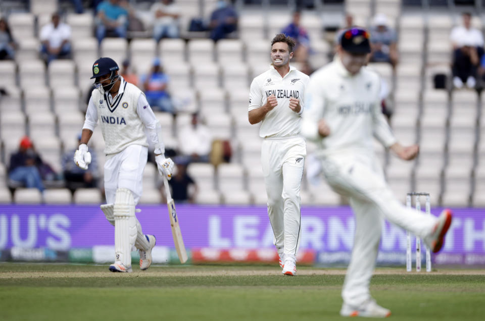 Cricket - ICC World Test Championship Final - India v New Zealand - Rose Bowl, Southampton, Britain - June 23, 2021 New Zealand's Tim Southee celebrates after taking the wicket of India's Jasprit Bumrah Action Images via Reuters/John Sibley