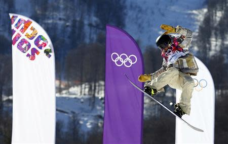Sage Kotsenburg of the U.S. performs a jump during the men's snowboard slopestyle final at the 2014 Sochi Olympic Games in Rosa Khutor February 8, 2014. REUTERS/Lucas Jackson