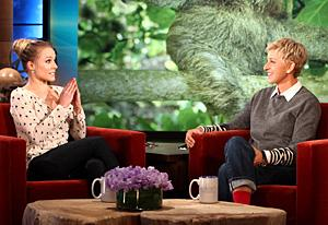 Kristen Bell, The Ellen Show | Photo Credits: Warner Bros.