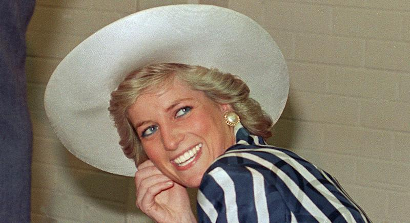 Princess Diana was a big fan of pearl earrings [Photo: Getty]
