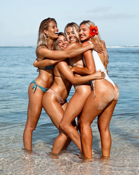 Nat posted two days ago a cute snap with fellow model friends on a Lulifama Swimwear shoot. Source: Instagram/natalie_roser