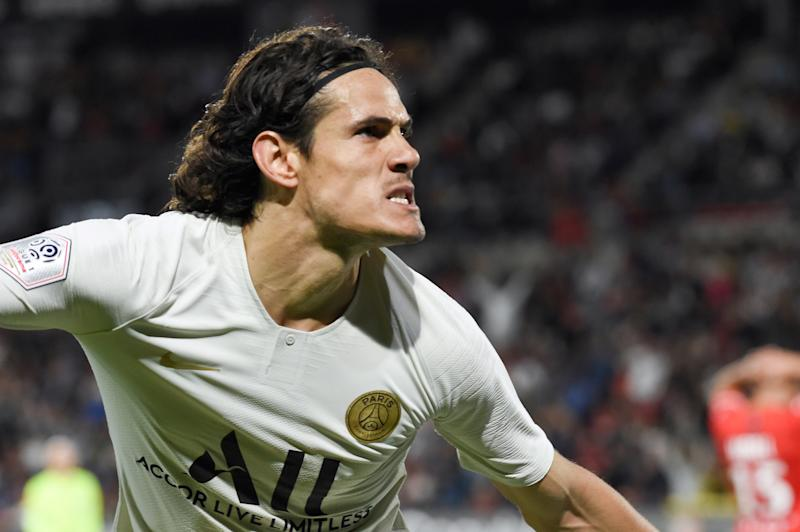 Edinson Cavani (Photo by Sebastien SALOM-GOMIS / AFP)