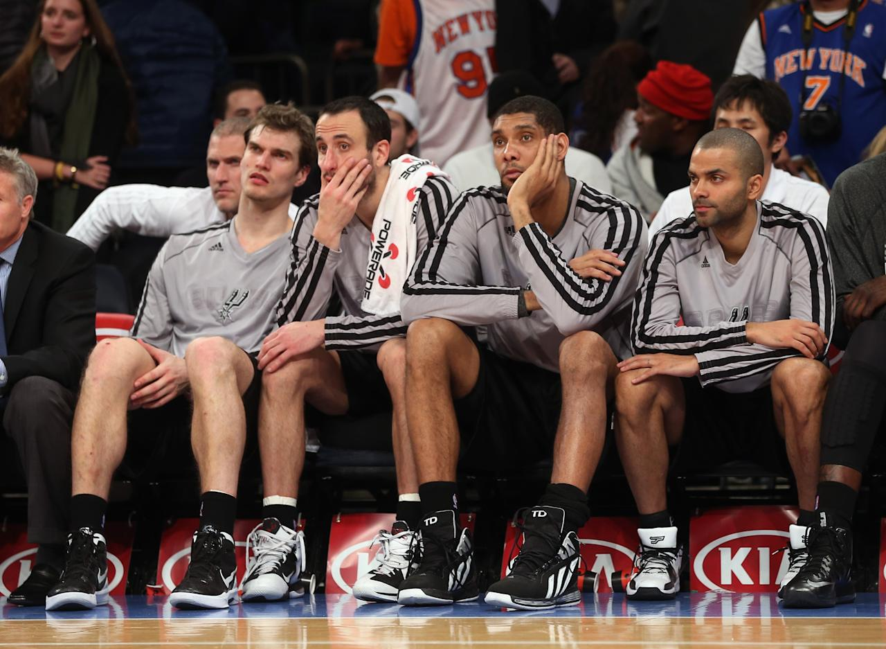 NEW YORK, NY - JANUARY 03:  The San Antonio Spurs bench waits for the end of the game late in the fourth quarter against the New York Knicks at Madison Square Garden on January 3, 2013 in New York City. NOTE TO USER: User expressly acknowledges and agrees that, by downloading and/or using this photograph, user is consenting to the terms and conditions of the Getty Images License Agreement. The Knicks defeated the Spurs 100-83. (Photo by Bruce Bennett/Getty Images)