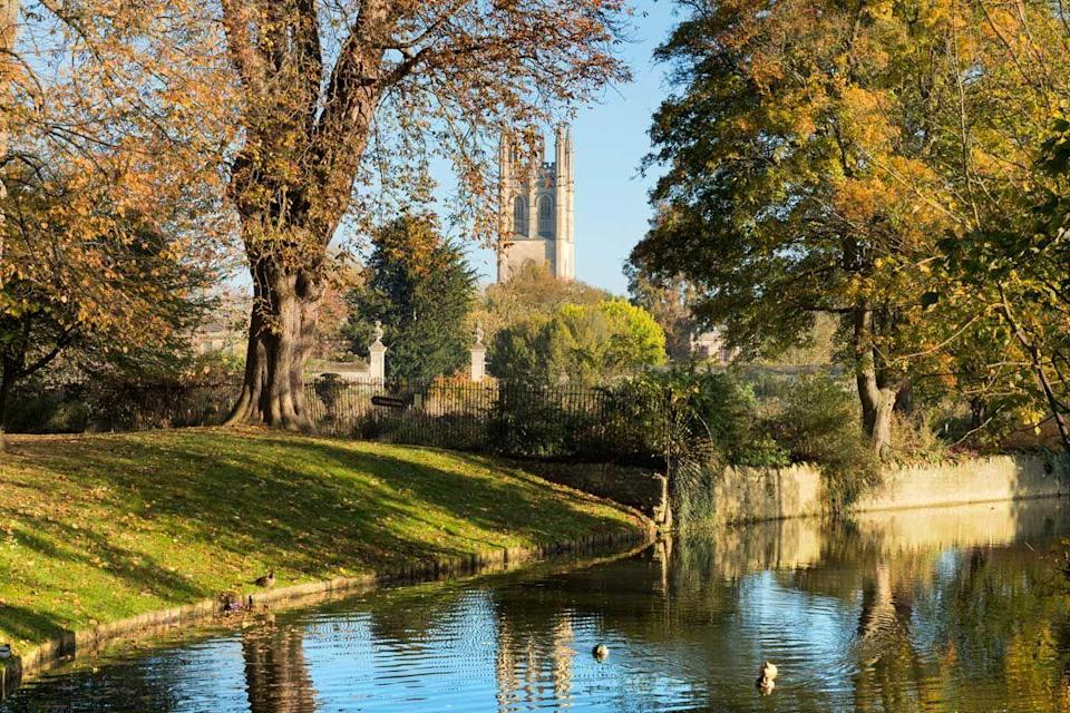 """<p>Whether you're keen on history, architecture or Harry Potter (multiple scenes in the films were shot in various locations in the city), there's no denying that Oxford is a must-visit. The famous university should be toured, and the Botanic Gardens and Arboretum are also worth seeing.</p><p><a class=""""link rapid-noclick-resp"""" href=""""https://go.redirectingat.com?id=127X1599956&url=https%3A%2F%2Fwww.booking.com%2Fcity%2Fgb%2Foxford.en-gb.html&sref=https%3A%2F%2Fwww.cosmopolitan.com%2Fuk%2Fentertainment%2Ftravel%2Fg30397906%2Fbest-places-to-visit-uk%2F"""" rel=""""nofollow noopener"""" target=""""_blank"""" data-ylk=""""slk:BOOK NOW"""">BOOK NOW</a></p>"""