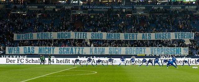 Schalke fans unveiled a banner aimed at their own player, Leon Goretzka, who will join Bayern Munich this summer. (Getty)