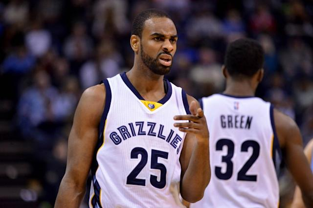 Elliot Williams will compete for a roster spot in Golden State's camp, sources tell The Vertical. (AP)