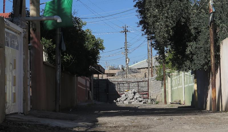 A street was walled into a dead-end in the flashpoint border area between Turkmen and Kurdish neighbourhoods following a wave of violence between the two communities in the northern Iraqi town of Tuz Khurmatu (AFP Photo/Jean Marc Mojon)