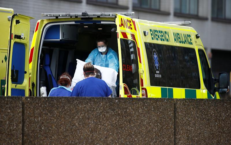 It was announced on Saturday that more than 1,000 people had died after contracting the virus in the UK. (Photo: Henry Nicholls / Reuters)