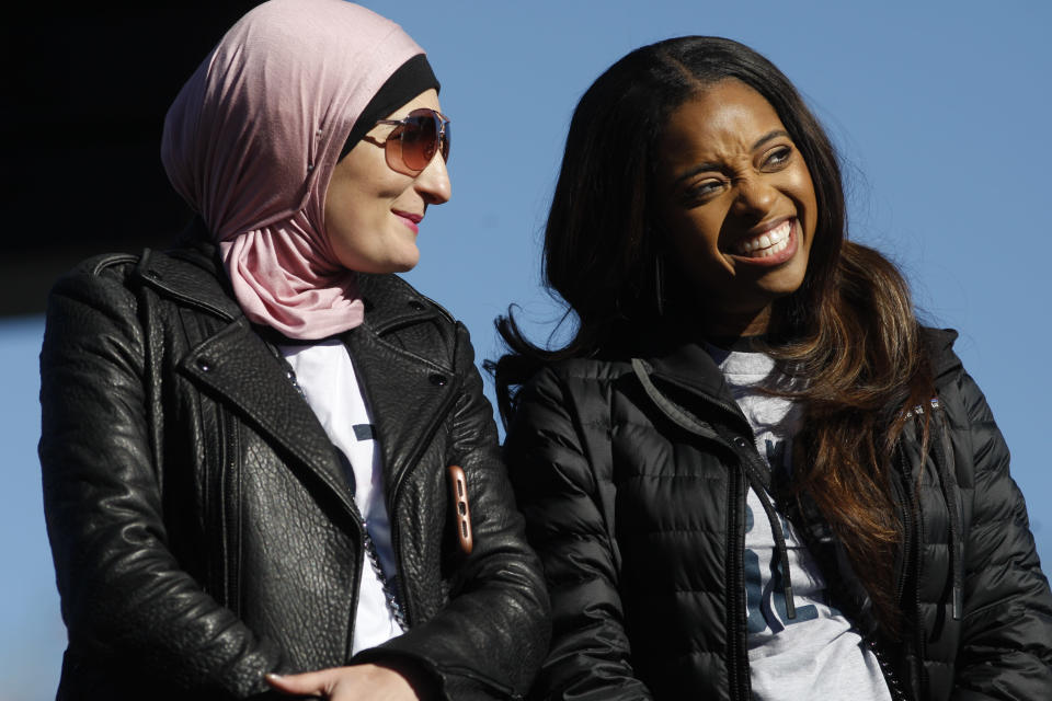 Women's March co-founders Tamika Mallory, right, and Linda Sarsour, at the Power to the Polls event in Las Vegas. (Photo: Getty Images)