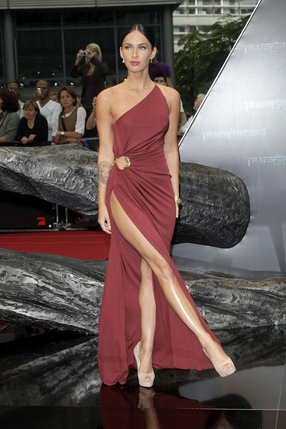 <p>Back in 2009, Megan wore a one-shoulder Robert Cavalli gown to the <b>Transformers: Revenge Of The Fallen</b> Germany premiere. </p>