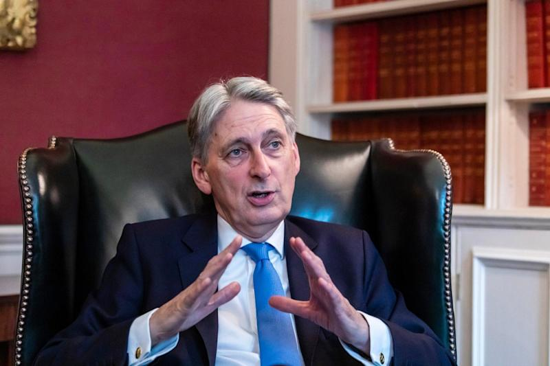 "Philip Hammond said Theresa May should be replaced ""as quickly as possible"": Alex Lentati"