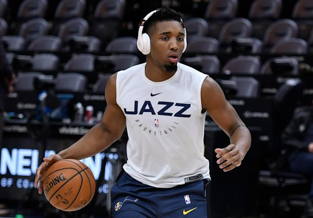 "<a class=""link rapid-noclick-resp"" href=""/nba/teams/uth"" data-ylk=""slk:Utah Jazz"">Utah Jazz</a> star <a class=""link rapid-noclick-resp"" href=""/nba/players/5826/"" data-ylk=""slk:Donovan Mitchell"">Donovan Mitchell</a> got called for jury duty at the worst time — right in the middle of the season. (Gene Sweeney Jr./Getty Images)"