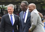 Legendary! Steve Waugh poses with former West Indies cricketers Clive Lloyd and Brian Lara. (Photo by Dibyangshu SARKAR / AFP)