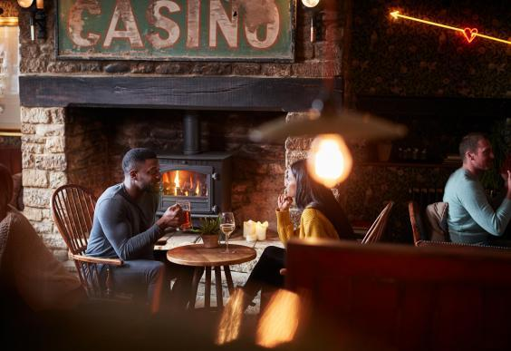 Better a beer garden than to stay indoors in a pub (iStock)