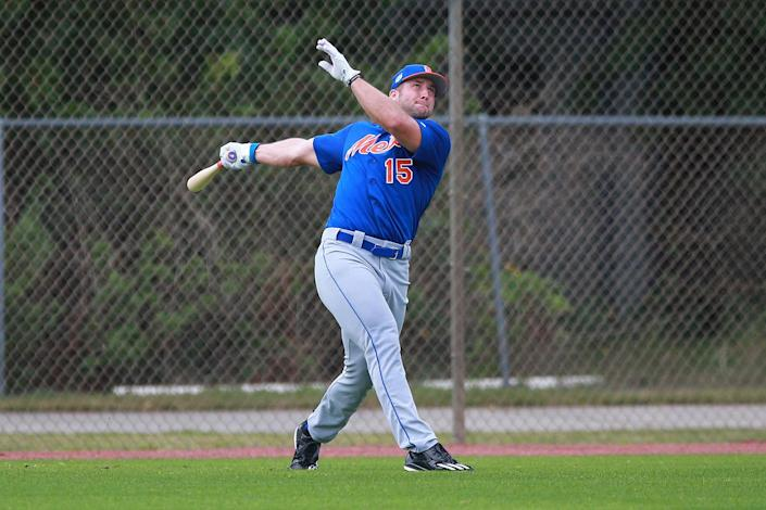 <p>New York Mets prospect Tim Tebow participates in drills at the Mets spring training facility at First Data Field in Port St. Lucie, Fla., Tuesday, Feb. 28, 2017. (Gordon Donovan/Yahoo Sports) </p>