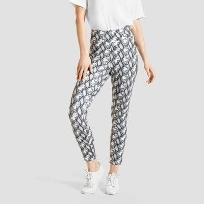 <p>If you like animal prints, these <span>Hue Studio Snake Print Mid-Rise Classic Denim Jean Skimmer Leggings</span> ($25) were designed to keep you comfortable in style.</p>