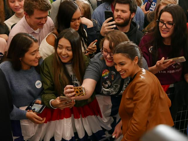 Ocasio-Cortez greets supporters on the campus of Iowa Western Community College in Council Bluffs. (Photo: Hunter Walker/Yahoo News)