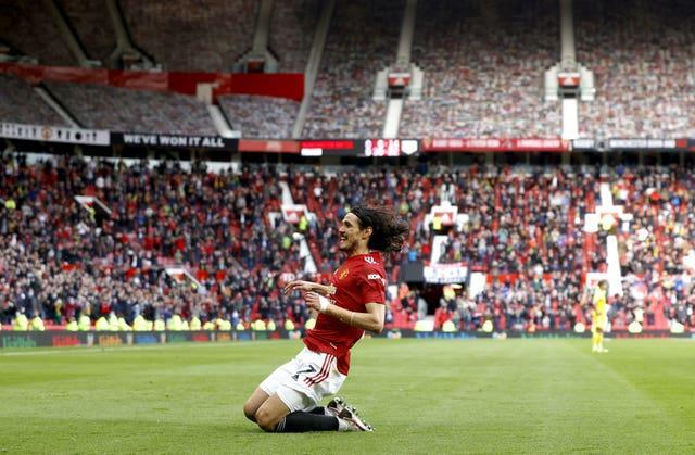 United fans were able to celebrate an early goal from Edinson Cavani