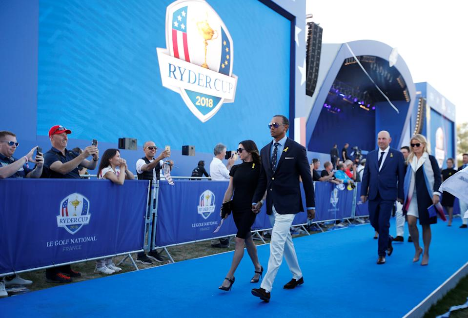 <p>Tiger Woods ed Erica Herman alla Ryder Cup di Guyancourt, Francia (REUTERS/Paul Childs)</p>