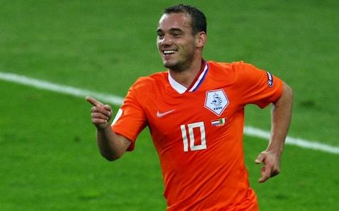 Wesley Sneijder of Netherlands celebrates after scoring the second goal during the UEFA EURO 2008 Group C match between Netherlands and Italy at Stade de Suisse Wankdorf - Credit: Lars Baron/Bongarts/Getty Images