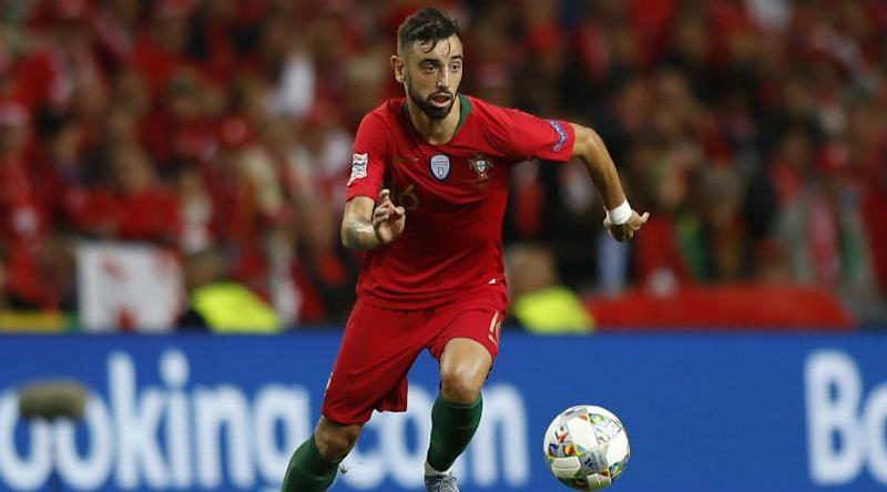 Manchester United consider reigniting interest in Sporting Lisbon captain Bruno Fernandes