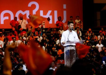 Thanathorn Juangroongruangkit, leader of the Future Forward Party, speaks during his campaign rally in Bangkok, Thailand, March 22, 2019.REUTERS/Soe Zeya Tun