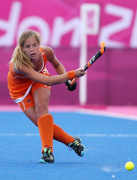 Merel De Blaeij of Netherlands in action during the Women's Pool WA Match W02 between the Netherlands and Belgium at the Hockey Centre on July 29, 2012 in London, England. (Photo by Daniel Berehulak/Getty Images)