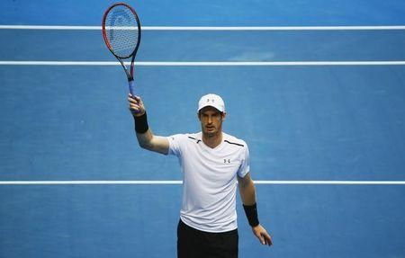 Tennis - Australian Open - Melbourne Park, Melbourne, Australia - 20/1/17 Britain's Andy Murray celebrates after winning his Men's singles third round match against Sam Querrey of the U.S. .REUTERS/Thomas Peter