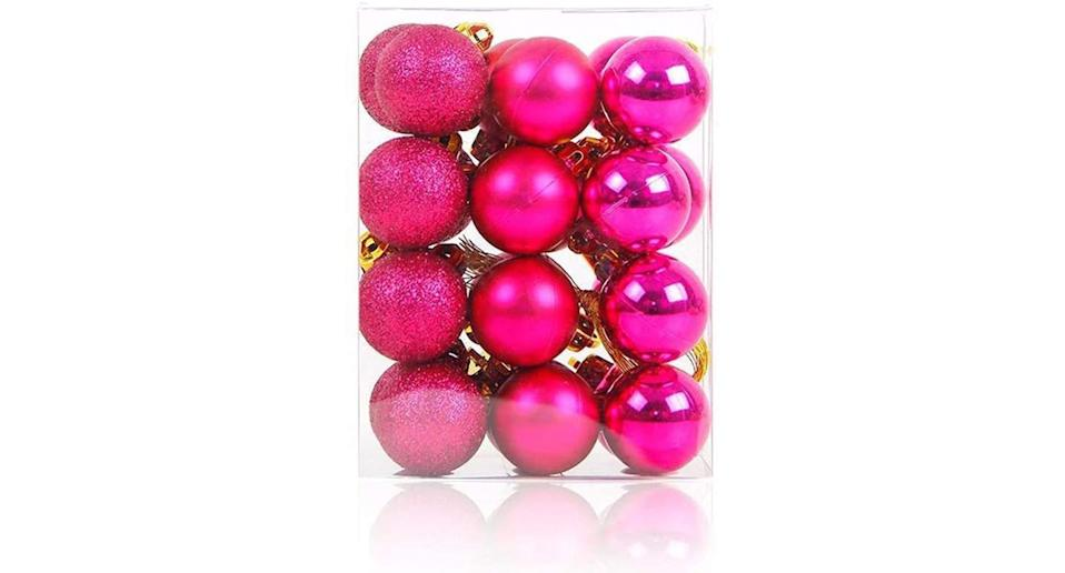 Christmas Baubles, 24 pack