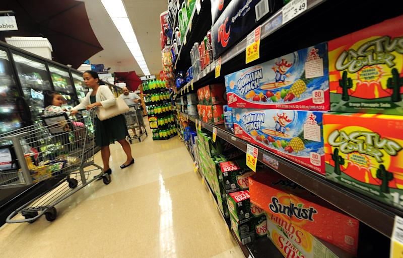 US food prices edged up 0.2 percent in August, while energy prices accelerated their march downward, dropping a hefty 2.6 percent, the Labor Department reported Wednesday