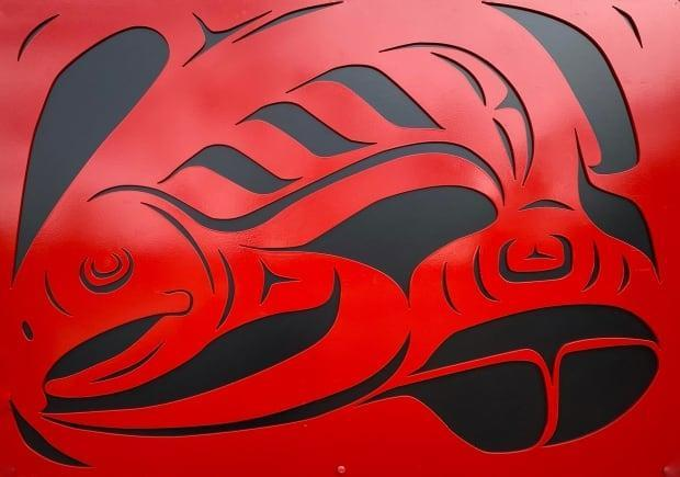 A close-up look at salmon art by Selkirk First Nation artist Eugene Alfred.
