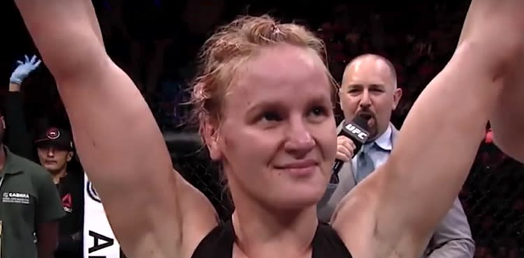 Valentina Shevchenko - arms raised in victory