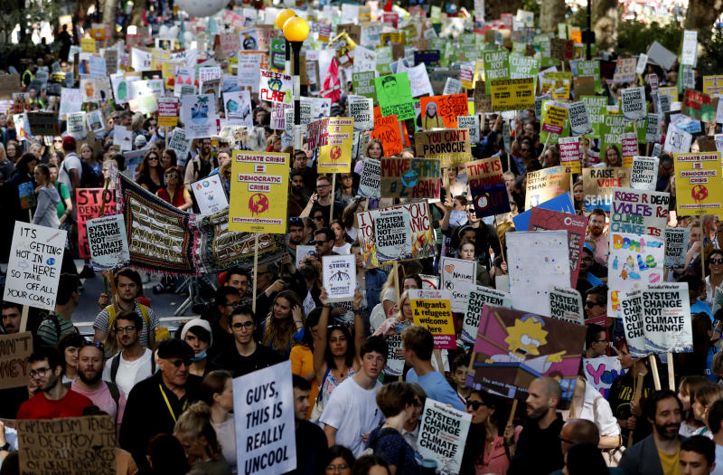 Climate protesters demonstrate in London, Friday, Sept. 20, 2019. Protesters around the world joined rallies on Friday as a day of worldwide demonstrations calling for action against climate change began ahead of a U.N. summit in New York. (Photo: Frank Augstein/AP)